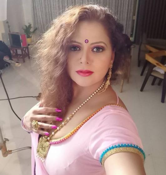 Sapna sappu saying good night