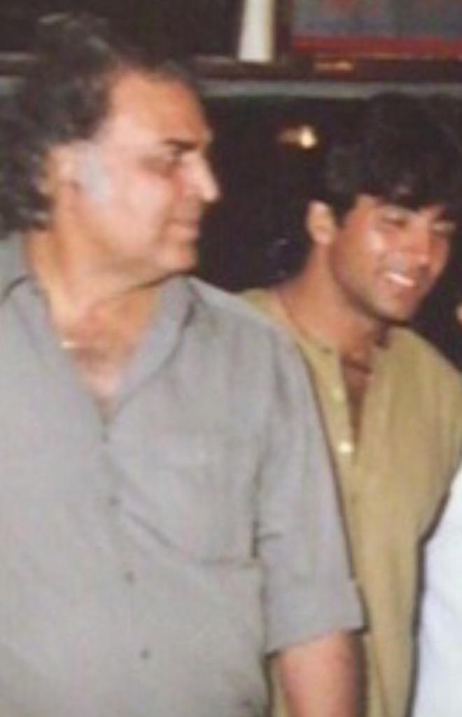 Akshay father
