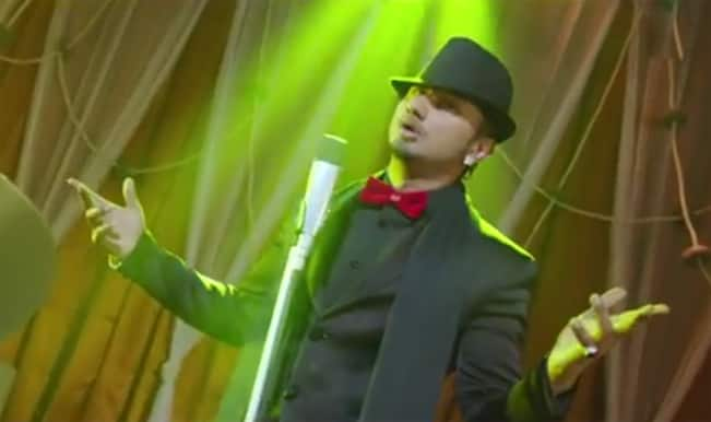'Hai Apna Dil' song from 'The Xpose': Himesh successfully ruins the classic