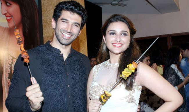 'Daawat-e-Ishq' trailer launch: Check out Aditya Roy Kapur and Parineeti Chopra posing with delicious kebabs!