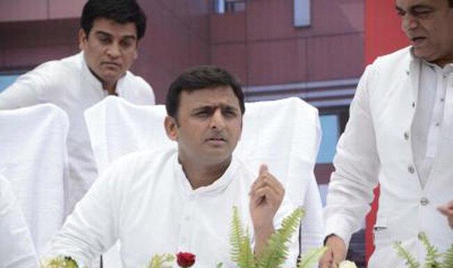 Akhilesh Yadav in Saharanpur photo controversy: Uttar Pradesh government dismisses it
