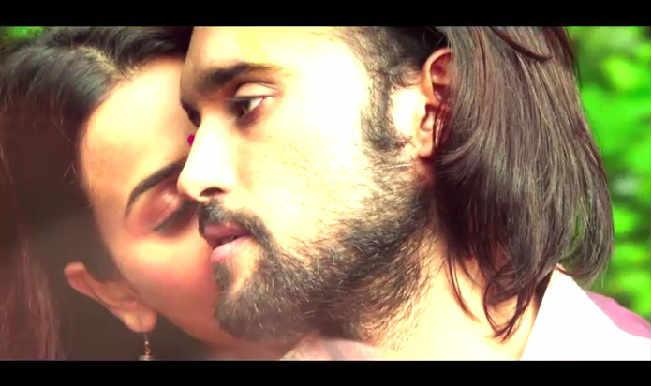 Desi Kattey Video Song Albeliya: Tia Bajpai and Akhil Kapur's prosaic chemistry adds no romantic value