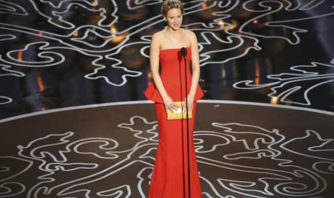 Jennifer Lawrence's nude photo: FBI, Apple investigate