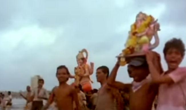 Ganesh Festival Song of the Day: Visarjan Special – Ganpati Apne Gaon Chale from Agneepath