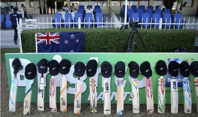 Pakistan, New Zealand cricketers pay respect to Phillip Hughes