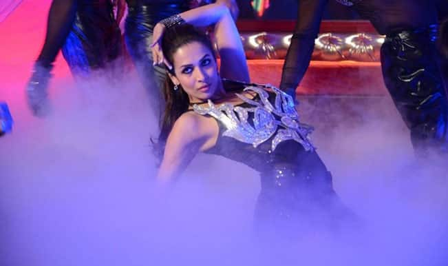 Bigg Boss 8 Halla Bol Grand Finale: Malaika Arora Khana and Sonakshi Sinha's surprise performances
