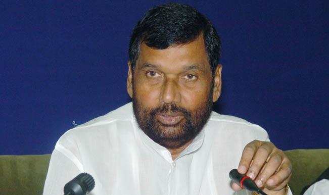 Pranab Mukherjee Narendra Modi Greet Ram Vilas Paswan On His Birthday India Com