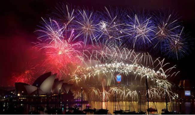 First Happy New Year 2015 Wishes From Australia: Sydney, Australia – New Year's Eve Fireworks Show Video