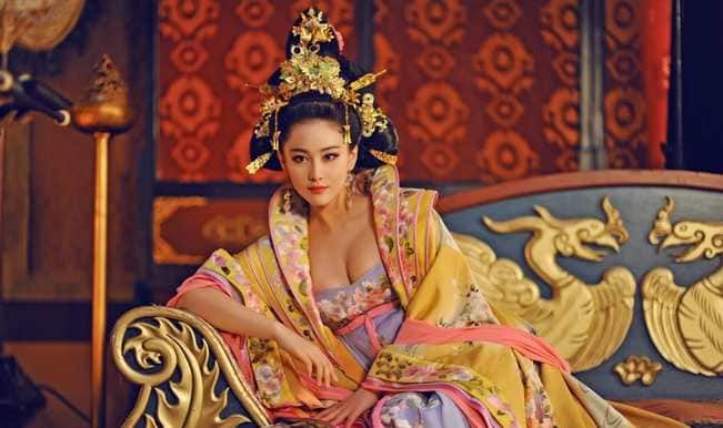 Cleavage cut! China orders censorship on revealing scenes in TV shows