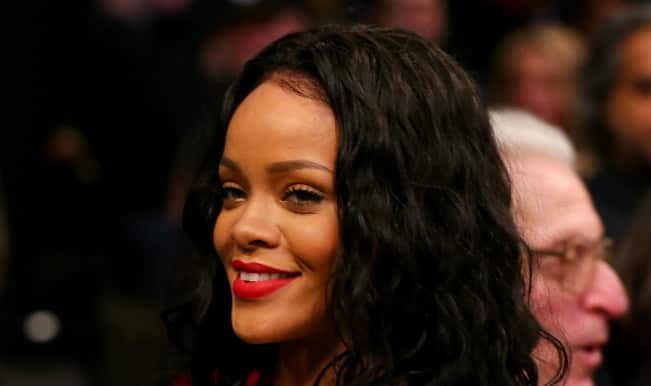 Jay Z has a phone line just for Rihanna; Beyonce Knowles livid