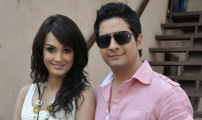 Yeh Rishta Kya Kehlata Hai actor Karan Mehra's wife confirms her pregnancy in the most adorable way!