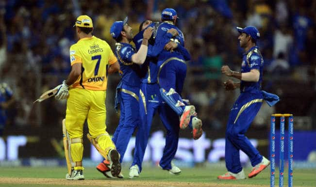 MS Dhoni Out! MI vs CSK IPL 2015 Final: Watch Video highlights of Fall of Wicket