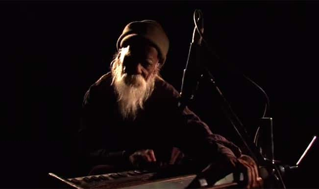 A Bohemian Musician – FTII Documentary: Meet Keshav Lal, a wanderer with magical fingers