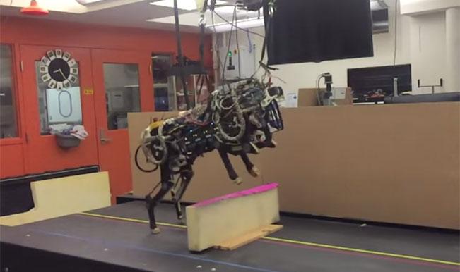 MIT Cheetah Robot performs running jump over hurdles – Watch Video