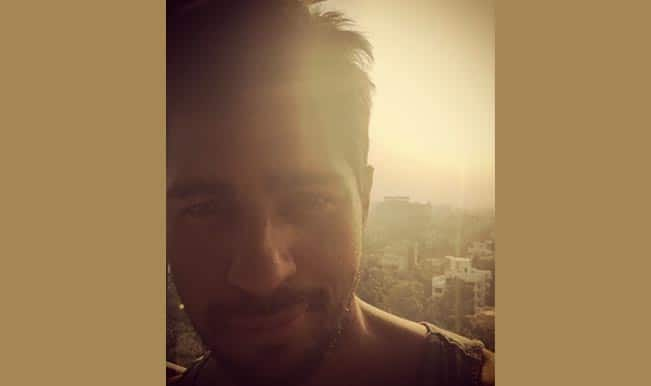 Sidharth Malhotra shares out of bed selfie
