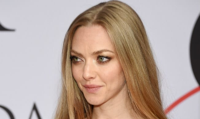 Amanda Seyfried anxious about hosting sister's wedding