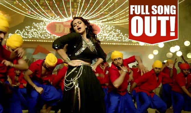 Sonakshi Sinha looks stunning in the latest item number Nachan Farrate from All is Well!