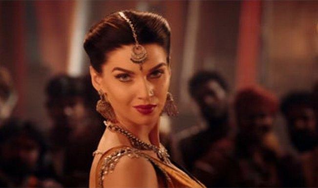 Baahubali song Manohari: Jhalak Dikhhla Jaa Reloaded girl Scarlett Wilson turns up the heat!