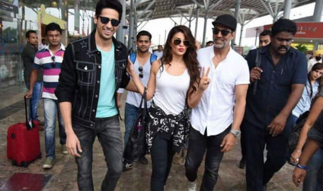 Brothers: Akshay Kumar, Jacqueline Fernandez and Sidharth Malhotra land in Delhi for promotions