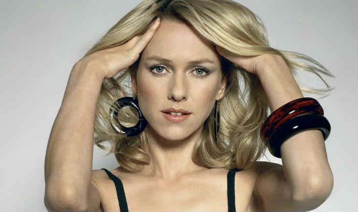 Naomi Watts is 'horrible' at putting make-up