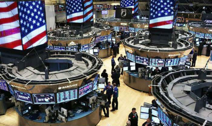 US stocks plummet following global rout