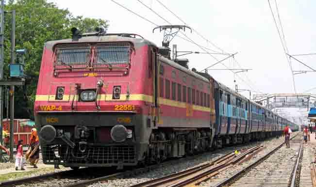 Kamayani Express and Janata Express derail in Madhya Pradesh, bogies fall into Machak river