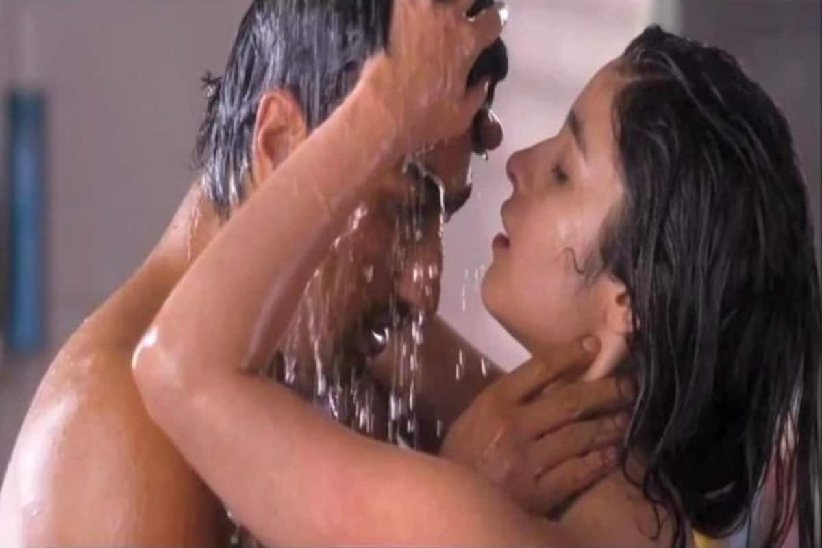 Top 2 Hottest Bollywood Scenes Indian Sex Movie Clip With