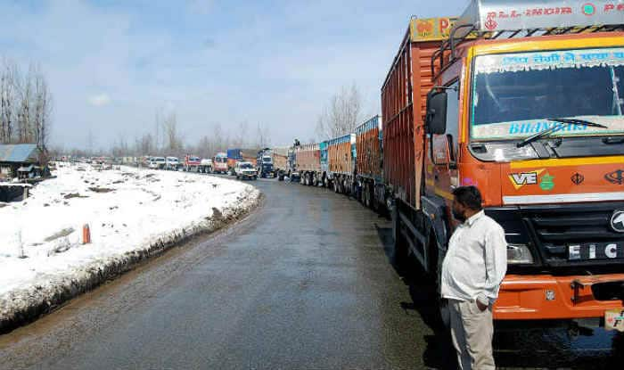 Jammu-Srinagar National Highway on Terror Alert; Government Vehicles Might be Targets, Claims Report
