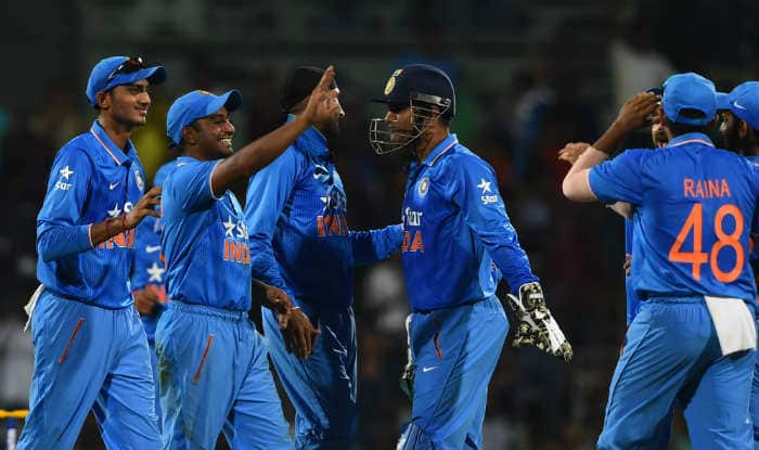 What MS Dhoni did after Chennai ODI makes him a true leader!