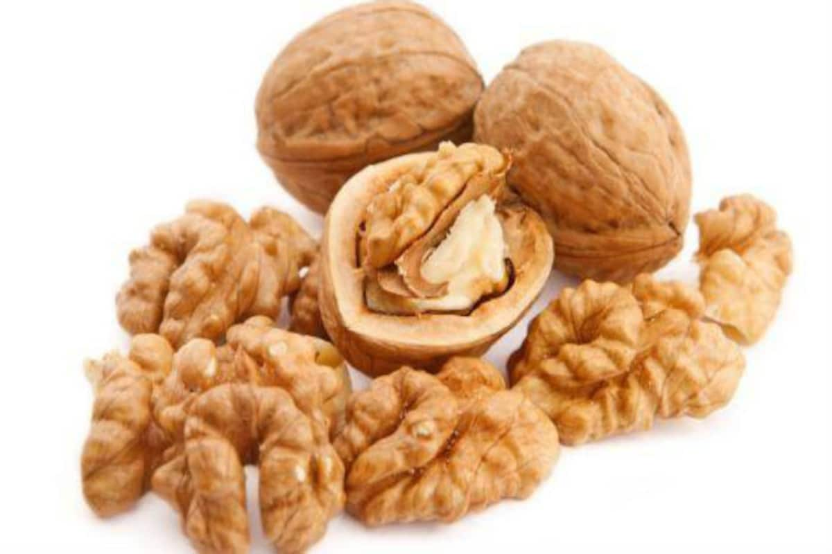 Walnuts Can Control Hunger Pangs, But How Many Walnuts Should You Eat In A  Day? | India.com