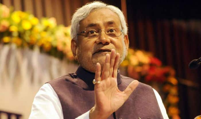 Nitish Kumar rakes up Narendra Modi's DNA remark in dying moments of campaign