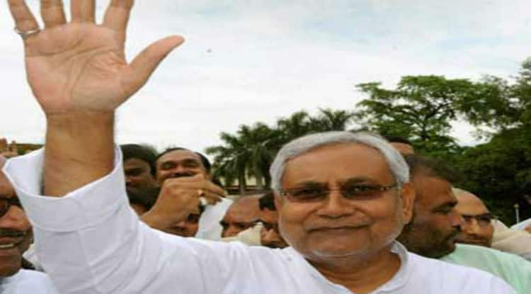 Nitish Kumar eradicates Narendra Modi wave in Bihar. Will he take the journey from Patna to Delhi in 2019?