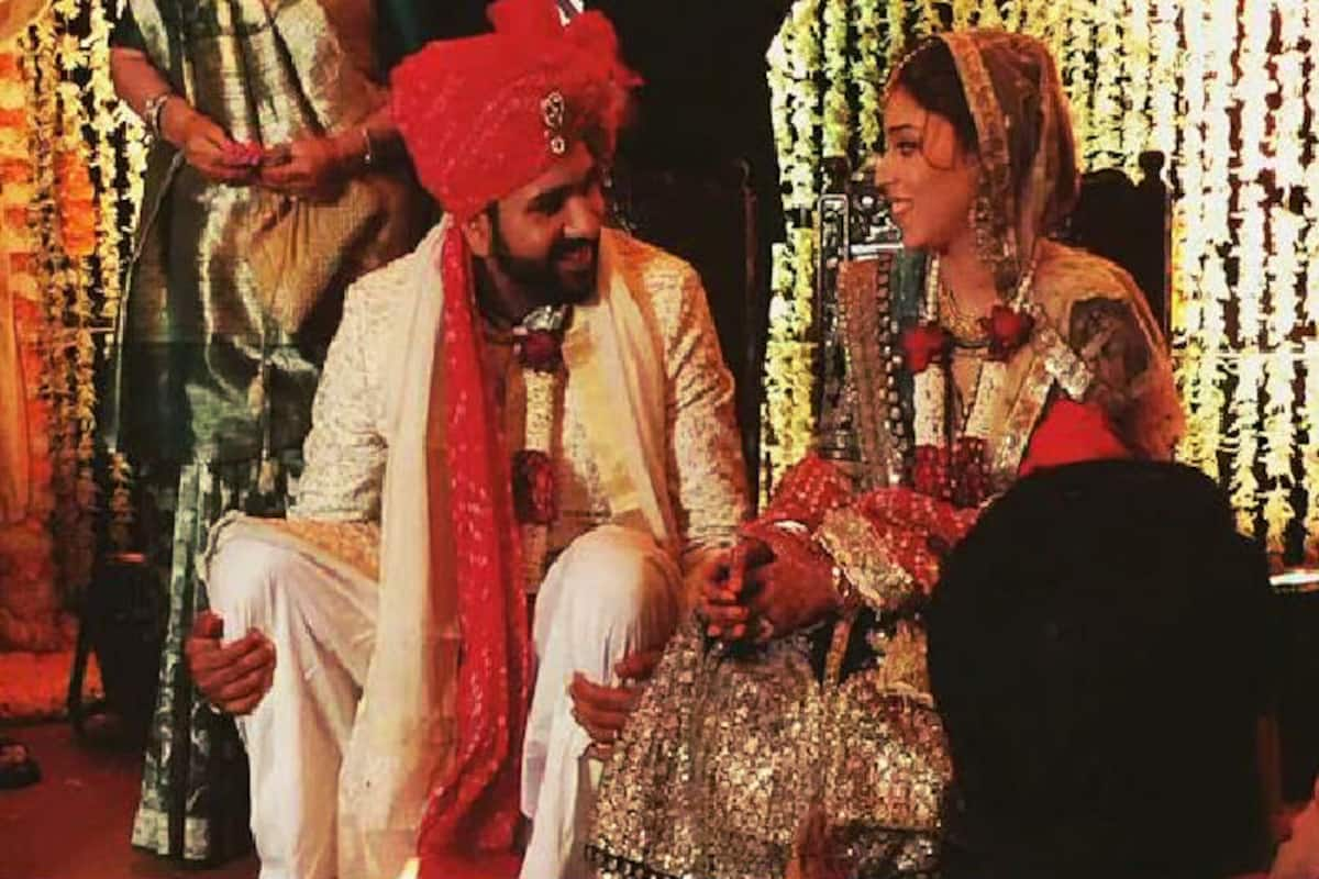Rohit Sharma Ritika Sajdeh Wedding Pictures First Pics Of Gorgeous Bride And Groom Are Revealed India Com