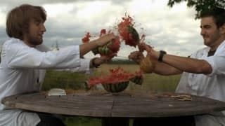 Watermelon explosion using rubber bands [Video]