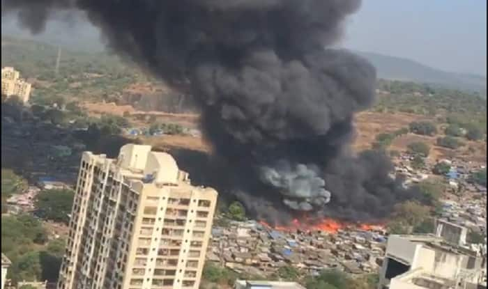 Massive fire breaks out in godown in Kandivali, 16 fire tenders at spot (Video)