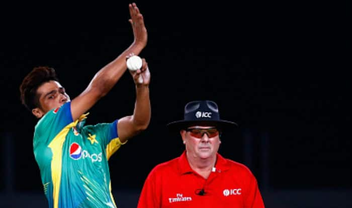 Watch Mohammad Amir bowl first over in international cricket on his comeback