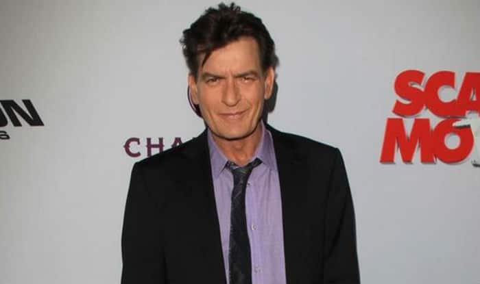 Charlie Sheen amazed that he's actually alive