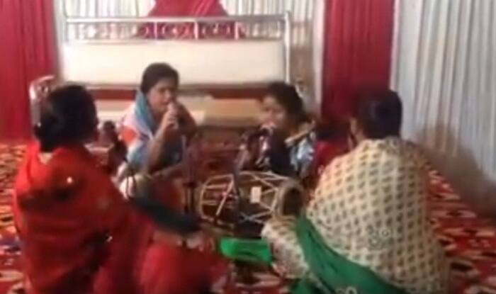 Ladies singing DJ Waley Babu is better than Badshah's original! (Video)