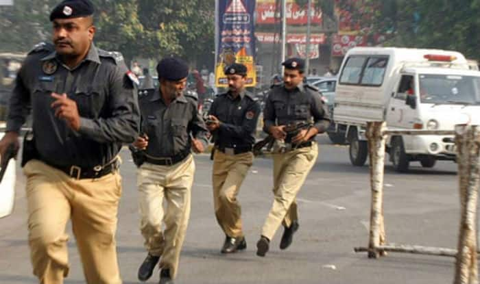 Two policemen killed as armed men attack checkpost in Pakistan