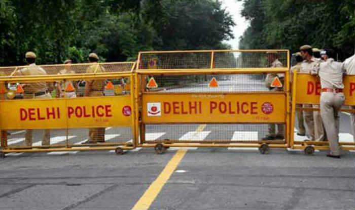 Unsafe Delhi: Bikers Snatch Woman's Handbag, Victim Identified as PM Modi's Niece