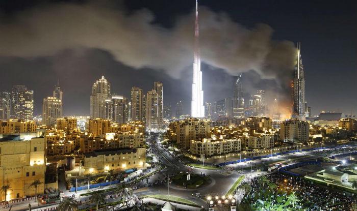 New Year's Eve Dubai skyscraper fire burns on into 2016 | World News