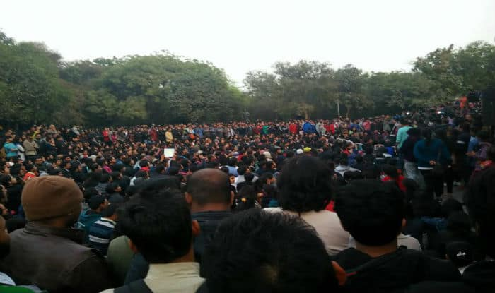 AISF, RJD workers clash with BJP over JNU issue