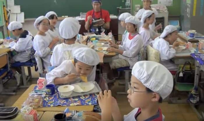 This Japanese school makes students wash stairs and toilets in the break. But why?