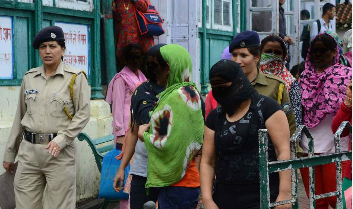 Mumbai: Sex racket busted; 3 held