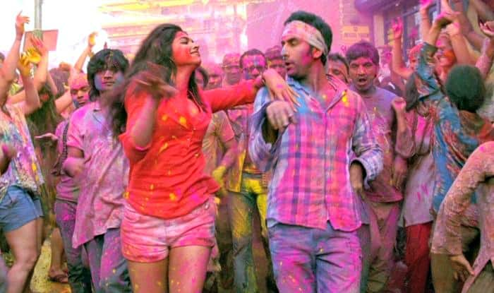 Do you know why we throw colours to play Holi? What is the traditional reason behind it?