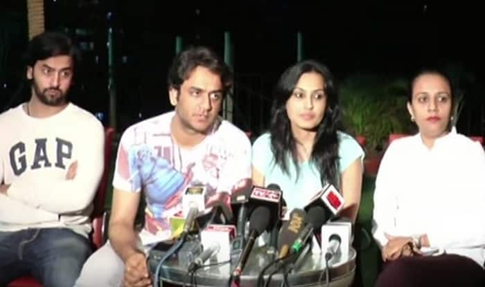 Pratyusha Banerjee suicide: Friends of actress reveal she earned Rs 1 lakh for a cameo, so talk of financial trouble is bull s**t (Watch video)