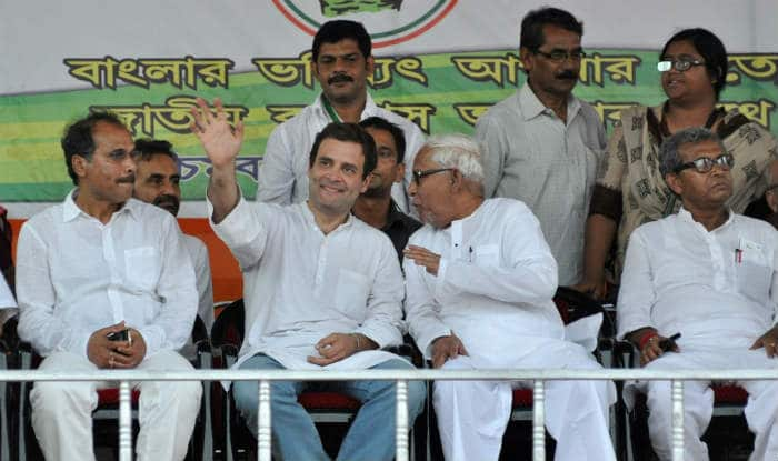 Assembly Elections 2016: Oust Mamata Banerjee to save West Bengal, say Buddhadeb Bhattacharjee, Rahul Gandhi