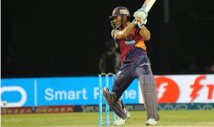 Watch MS Dhoni smash Axar Patel for match-winning 23 runs in last over of RPS vs KXIP IPL 2016 match
