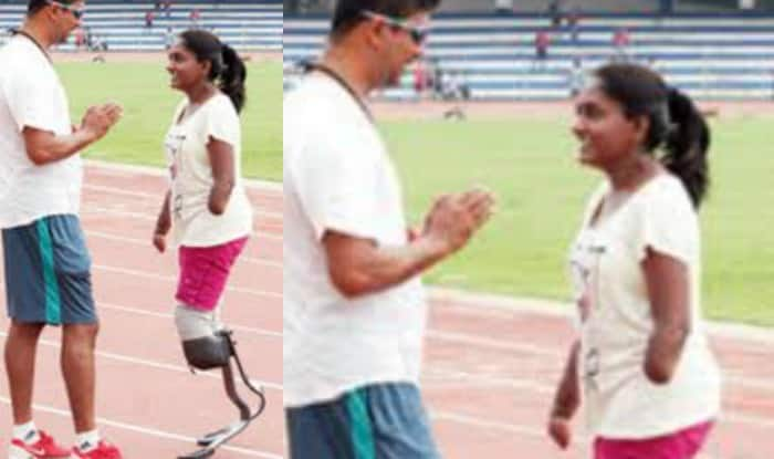 She might have lost both her arms and legs but that's not stopping Shalini from participating in a marathon contest!