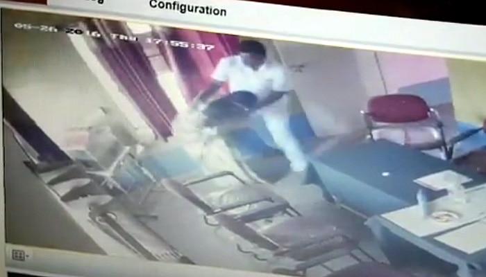 Karnataka: JD(S) leader Chandrahasa attempts to rape gram panchayat worker, gets caught on camera (Watch Video)